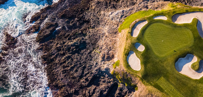 ENJOY SPECTACULAR GOLF COURSES IN MONTEREY, CA
