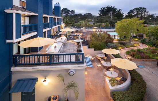Welcome To Mariposa Inn & Suites - Exterior View of Outdoor Spaces